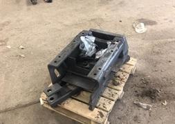 CLAAS 840 CMatic fast trk med svinbar trkbom