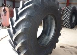 BKT 65085R38 BKT TL AgriFortis