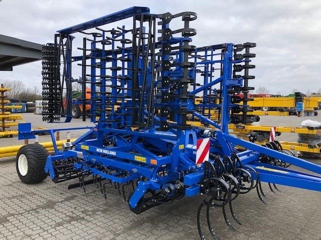 New Holland SGX620