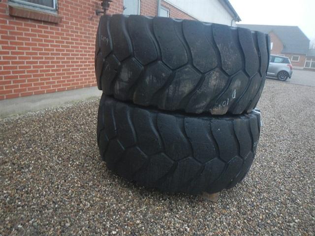 Michelin 26.5R25