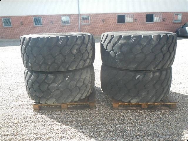 Michelin 600/65R25