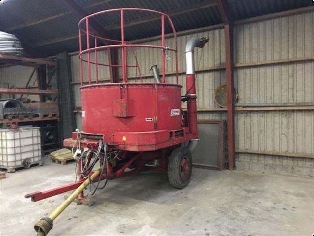 Cormall Traktor monteret
