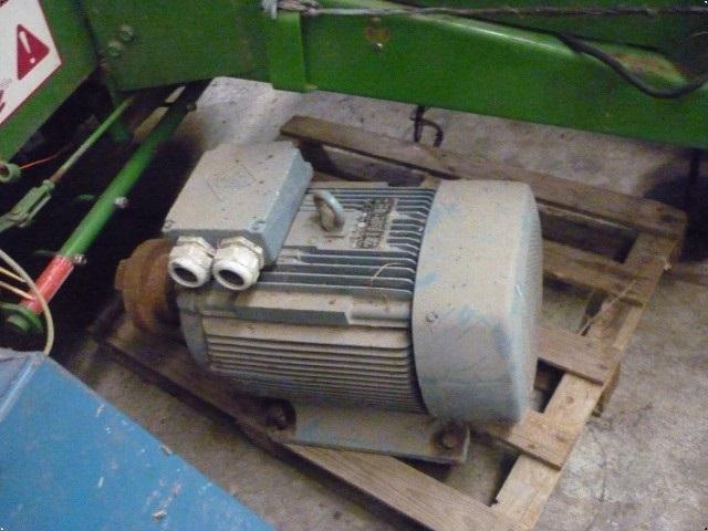 - - - ELmotor 40hk ny