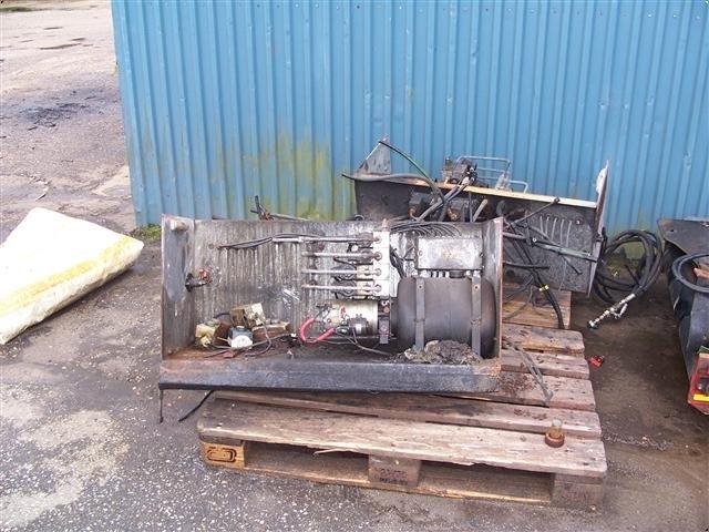 - - - hydraulik pumpeanlæg 24volt