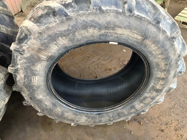 Michelin 480/65R28