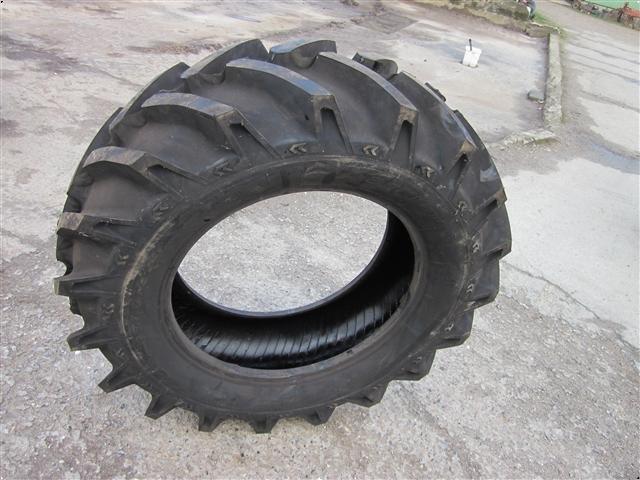 Dunlop 14,9x28