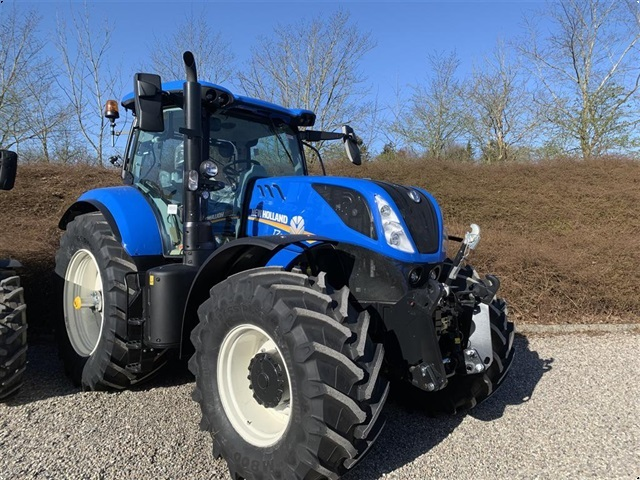 New Holland T7.230 SWII