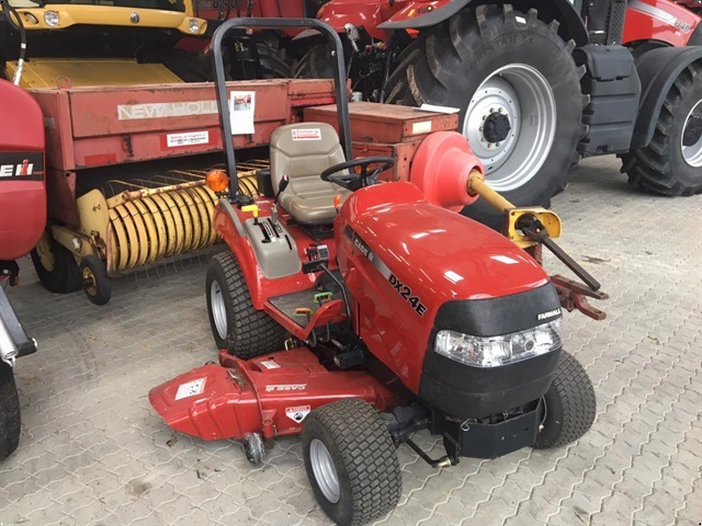 Case Farmall DX24