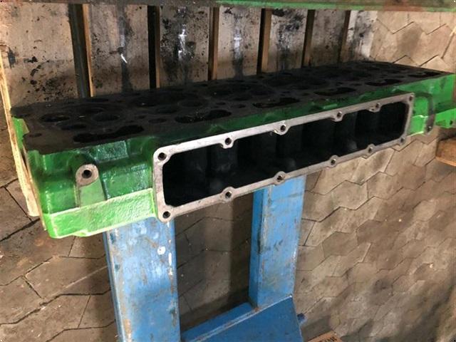 John Deere 6630 - Topstykke uden ventiler